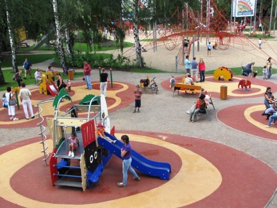Kids In Prague Krouzky Na Vltave Outdoor Indoor Playgrounds And
